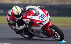 jason-lynn-024-sunflower-trophy